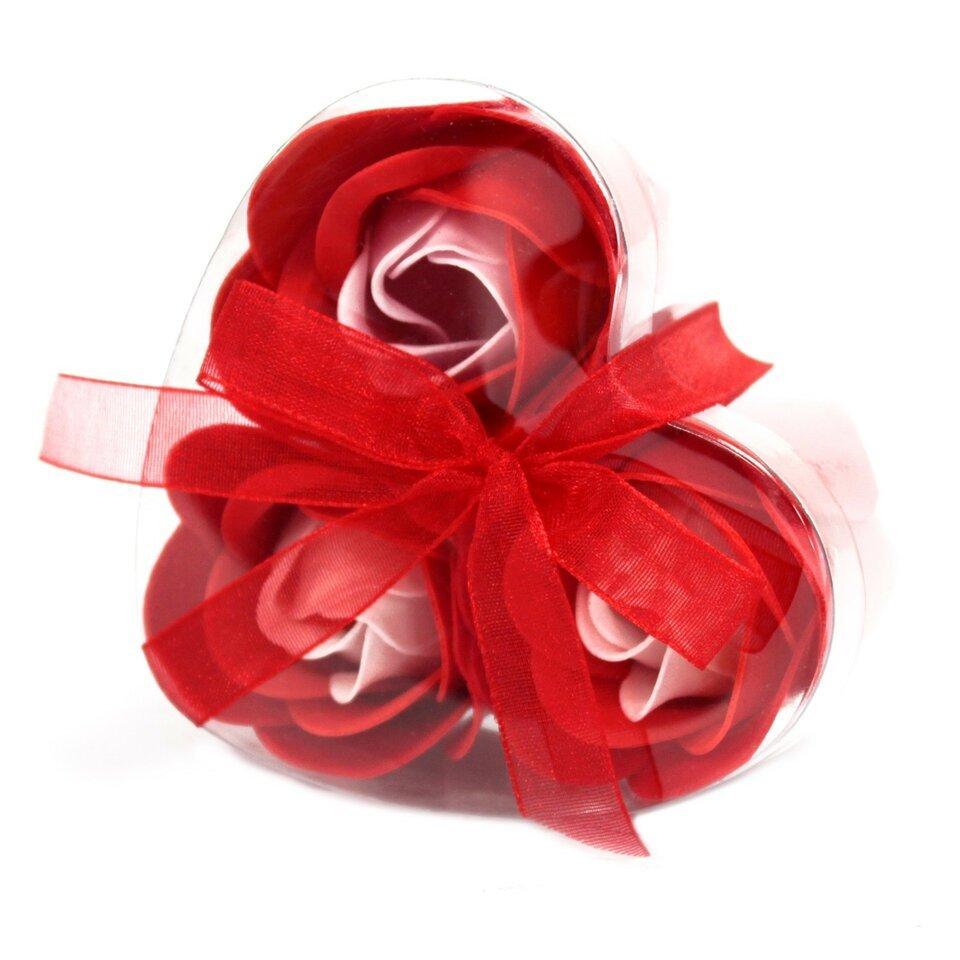 3 muilo rožytės širdelės formos dėžutėje