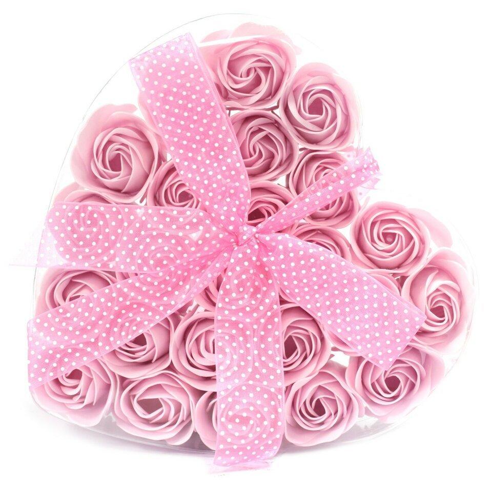 24 muilo rožinės rožytės širdelės formos dėžutėje